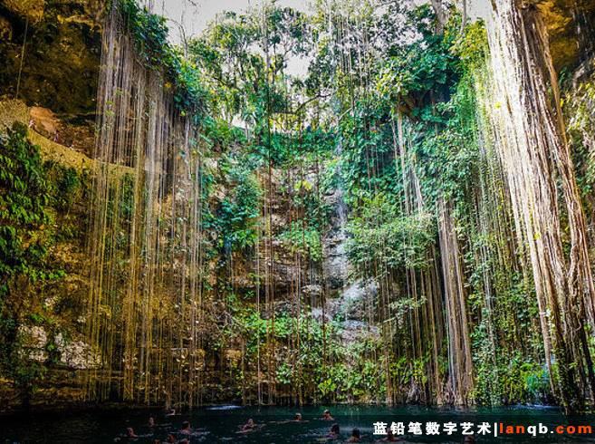 墨西哥尤卡坦半岛天然洞穴